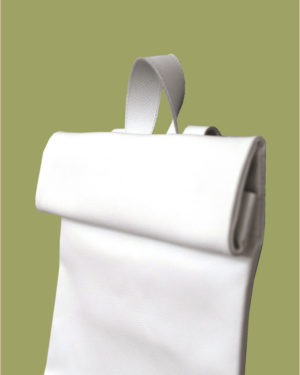 rollitbag-white-magnet-side-small